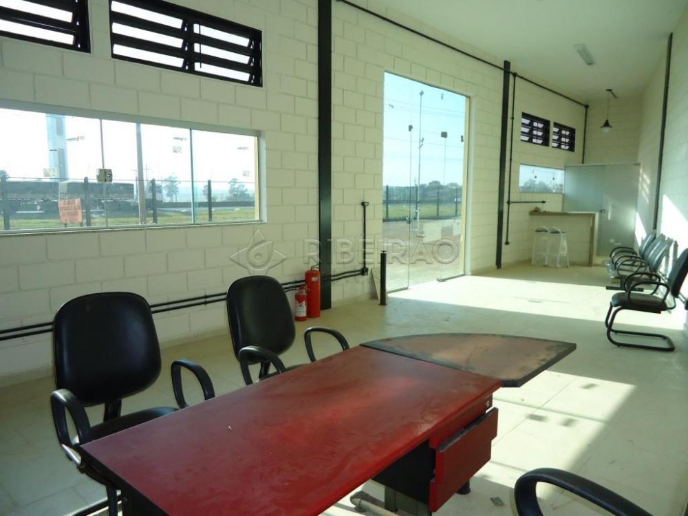 Alugar Comercial / Galpão em Ribeirão Preto R$ 10.700,00 - Foto 11