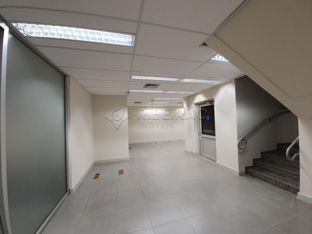 Alugar Comercial / Salão em Ribeirão Preto R$ 18.000,00 - Foto 3