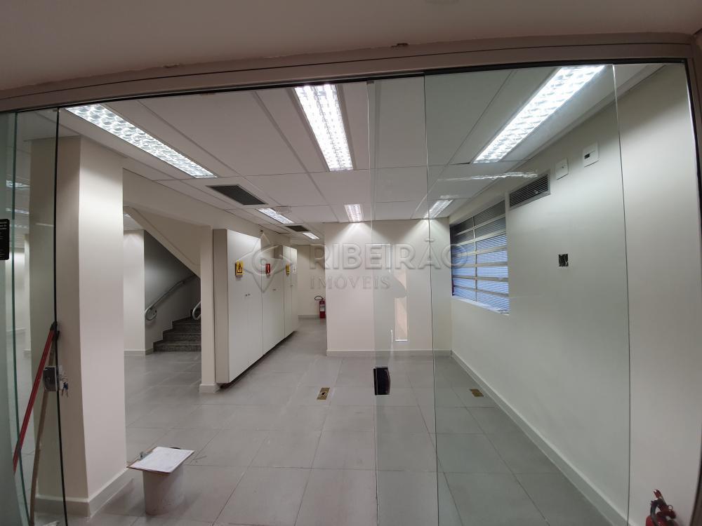 Alugar Comercial / Salão em Ribeirão Preto R$ 18.000,00 - Foto 4