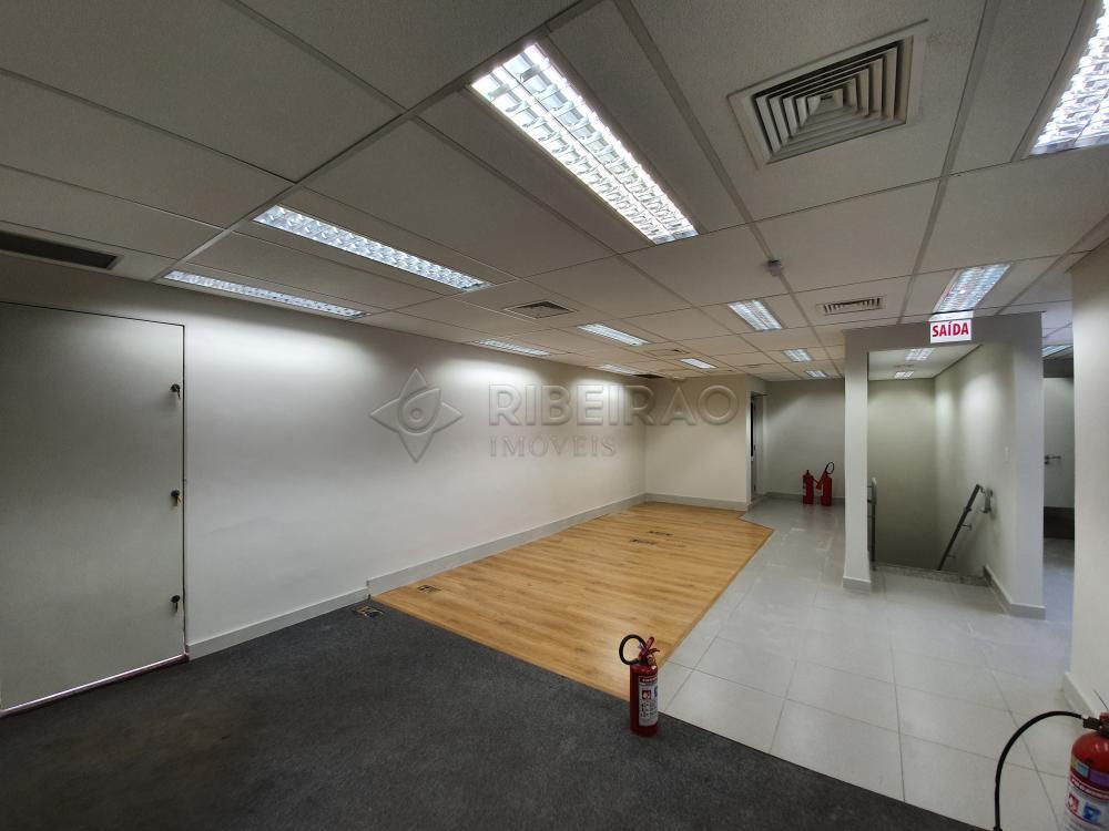 Alugar Comercial / Salão em Ribeirão Preto R$ 18.000,00 - Foto 32