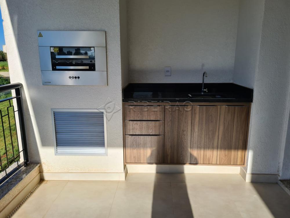 Alugar Apartamento / Padrão em Ribeirão Preto R$ 3.500,00 - Foto 2