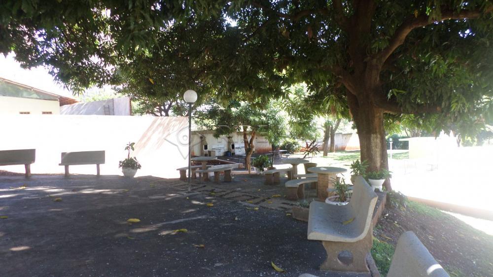 Alugar Apartamento / Padrão em Ribeirão Preto R$ 1.350,00 - Foto 37