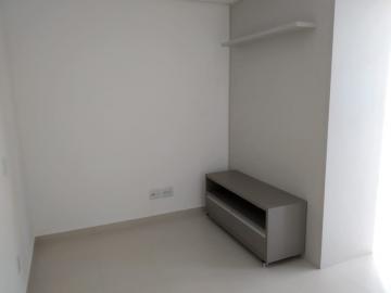 Alugar Apartamento / Padrão em Ribeirão Preto. apenas R$ 176.000,00