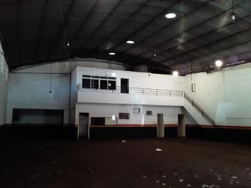 Alugar Comercial / Galpão em Ribeirão Preto. apenas R$ 5.500,00