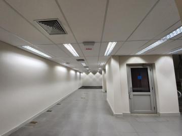 Alugar Comercial / Salão em Ribeirão Preto R$ 18.000,00 - Foto 12