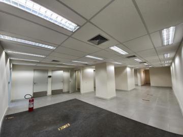 Alugar Comercial / Salão em Ribeirão Preto R$ 18.000,00 - Foto 14