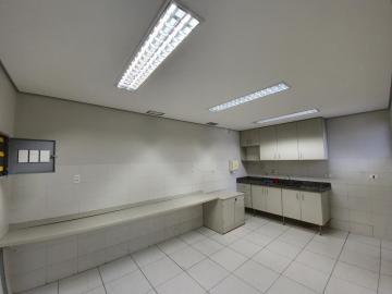 Alugar Comercial / Salão em Ribeirão Preto R$ 18.000,00 - Foto 18