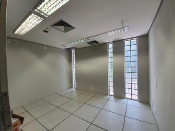 Alugar Comercial / Salão em Ribeirão Preto R$ 18.000,00 - Foto 33