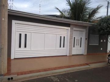 Alugar Casa / Padrão em Sertãozinho. apenas R$ 480.000,00