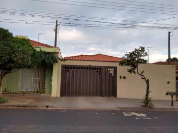 Brodowski Jd Sabino Casa Venda R$400.000,00 3 Dormitorios 3 Vagas Area do terreno 290.00m2 Area construida 190.00m2