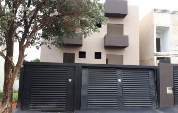 Apartamento / Padrão em Ribeirao Preto