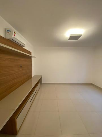Alugar Apartamento / Padrão em Ribeirão Preto. apenas R$ 8.600,00