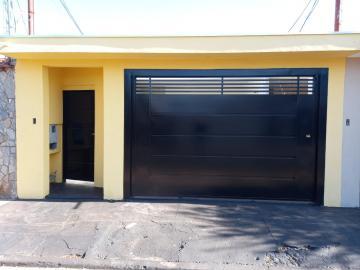 Alugar Casa / Padrão em Ribeirão Preto R$ 1.600,00 - Foto 1
