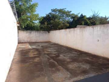 Alugar Casa / Padrão em Ribeirão Preto R$ 1.600,00 - Foto 15