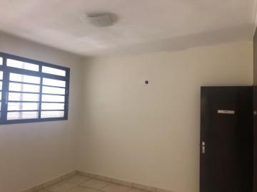 Alugar Casa / Comercial em Ribeirão Preto R$ 1.500,00 - Foto 4
